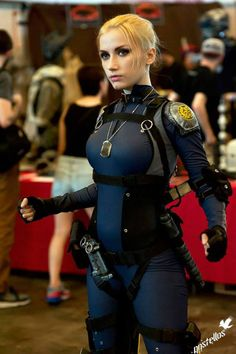 Cosplayer Narga Lifestream makes a perfect Cassie Cage