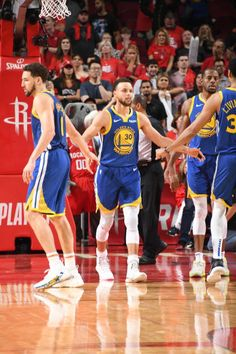 Golden State Warriors Pictures and Photos - Getty Images Curry Basketball, Pro Basketball, Basketball Players, Curry Nba, Golden State Warriors Pictures, Splash Brothers, Human Torch, Nba Champions