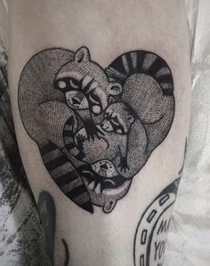Susanne Konig raccoon tattoo