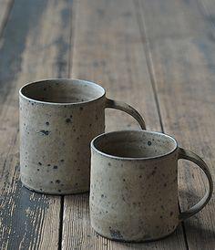 Mug Cup Artist: Norikazu Oe Pottery Mugs, Ceramic Pottery, Wabi Sabi, Ceramic Cups, Ceramic Art, Coffee Mug Display, Clay Cup, Rustic Ceramics, Japanese Ceramics
