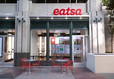 San Francisco est une ville réputée pour sa capacité d'innovation. Celle-ci ne se limite pas aux start-up. Pour preuve, Eatsa un restaurant végétarien pas comme les autres. Ouvert par un astrophysicien ancien de chez Google, Eatsa se targue d'ê...