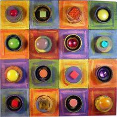 Pintor de origen ruso, sus cuadros destacan por sus combinaciones excéntricas de colores y formas                 KANDINSKY DIBUJANDO UNA ...
