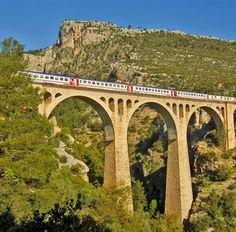 """Varda köprüsü/Karaisalı/Adana/// James Bond"""" filminin son serisi """"Skyfall""""un aksiyon sahnelerinin 99 m yüksekliğindeki varda köprüsünde çekildi. Paradise On Earth, Skyfall, James Bond, Bridges, Roads, Vacation, Travel, Vacations, Viajes"""
