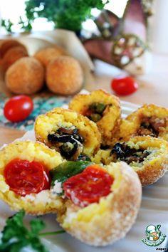 Аранчини с тремя видами начинок - кулинарный рецепт   Arancini a la Caprese (с помидором черри, моцареллой и базиликом), Arancini a la Siciliana (с курицей и зеленым горошком) и Аранчини с грибами шиитаке