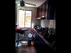 Alquilo apartamento Barranquilla Atlántico-Colombia $1.600.000 admón. $330.000 El apto es sin amoblar, remodelado Distribuido así:  3 alcobas (alcoba ppal con baño), baño de alcobas, Hall de alcobas, sala comedor cocina integral, área de labores, alcoba de servicio con baño, parqueadero y depósito de 20m2. Cortinas, 2 aires, 6 ventiladores y con la planta de ozono. Ver video: https://www.youtube.com/watch?v=DIuwtmtiSvg&feature=youtu.be Informes: Cel//Whatsapp +57 3005109625 o por Inbox