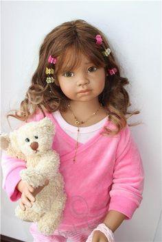 Маева знакомится и модничает - кукла Анжела Саттер / Коллекционные куклы Angela Sutter / Бэйбики. Куклы фото. Одежда для кукол