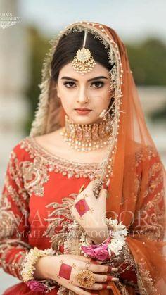 Pakistani Bridal Jewelry, Bridal Mehndi Dresses, Wedding Dresses For Girls, Indian Jewelry, Pakistani Fashion Party Wear, Pakistani Wedding Outfits, Bridal Outfits, Muslim Fashion, Indian Wedding Bride