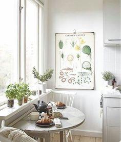 "325 Likes, 5 Comments - Small Apartment Decor ♡ (@smallapartmentdecor) on Instagram: ""#girly #decor #decoration #smallapartment #smallplaces #interiordesign #apartment #instadecor…"""
