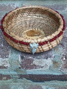Tan and Red Pine Needle Basket by BasketsByCarrie on Etsy, $60.00