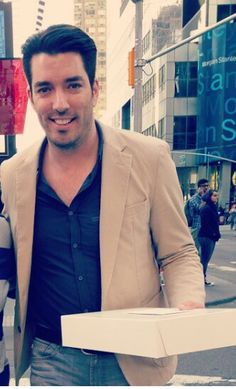 Jonathan Scott in NYC..(clm)