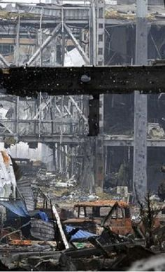 Donetsk International Airport in Ukraine totally destroyed after #Russia violates ceasefire.