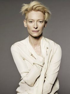 I think I found who could play General Evangeline Yurkutz: Tilda Swinton (© Jan Welters) Tilda Swinton, British Actresses, Actors & Actresses, Jolie Photo, Famous Faces, Hair Inspiration, Divas, Portrait Photography, Beautiful People