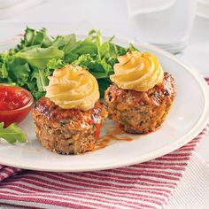 Petits pains de viande style cupcake Meatloaf Recipes, Beef Recipes, Cooking Recipes, Recipies, Vegan Breakfast Recipes, Vegan Recipes Easy, Usda Food, Cupcakes, Comfort Food
