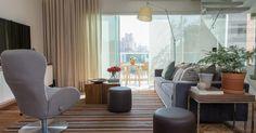 Sala de estar com tapete Listrado