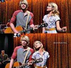 "Fabrevans singing ""Don't Stop"""