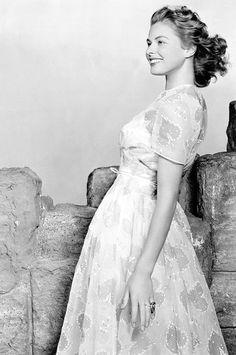 """summers-in-hollywood: """"Ingrid Bergman, 1942 """""""