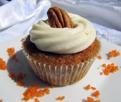 Cupcakes | Carrot Cake Cupcakes : Makes About 16 Cupcakes (or 48 minis)