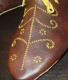 Embroidered Viking Shoes (based on image from Goubitz' 'Stepping Through Time')  http://aands.org/raisedheels/Other/Viking/viking.php