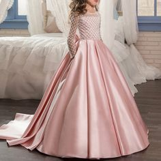 Princess Girls Party Dress Formal Lace Ball Gowns With Trail Luxury Bow Vestidos Little Girl Dress Up, Girls Dress Up, Gowns For Girls, Wedding Dresses For Girls, Girls Party Dress, Kids Fancy Dress, Party Dresses For Kids, 4 Year Girl Dress, Gowns For Party