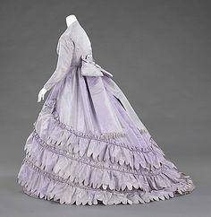 House of Worth evening ensemble 1862-65 Lilac is one of my fave colors, though the bow in back is a bit much.