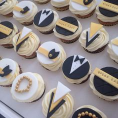 1920s speakeasy Great Gatsby Cupcakes