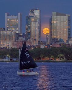 Last night's Harvest Moon rising over Boston. Living In Boston, The Day Today, 1. Tag, Street Signs, New Hampshire, Rhode Island, Cool Photos, Amazing Photos, San Francisco Skyline
