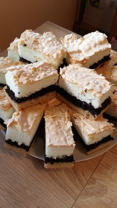 habos-makos Hungarian Desserts, Hungarian Recipes, Holiday Desserts, No Bake Desserts, Dessert Recipes, Tasty, Yummy Food, French Pastries, Homemade Cakes