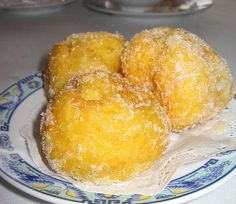 """Chinese Donuts From Scratch Recipe - Pinner says, """" the best part of working in a Chinese restaurant was getting these everynight! Asian Desserts, Just Desserts, Delicious Desserts, Dessert Recipes, Yummy Food, Tasty, Frozen Desserts, Best Donut Recipe, Donut Recipes"""