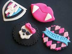 Resultado de imagen para toppers para cupcake en porcelana fria