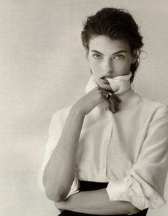 Linda Evangelista in Vogue Italia September 1988 by Peter Lindbergh.