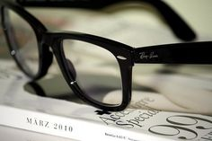 Love ray ban reading glasses:)))