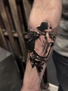 http://www.tattooesque.com/michael-jackson-tattoo/