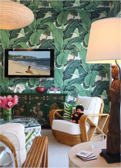 palm beach banan aleaf wallpaper decor