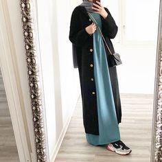 Modern Hijab Fashion, Street Hijab Fashion, Look Fashion, Fashion Outfits, Hijab Fashion Style, Hijab Style Dress, Casual Hijab Outfit, Stylish Hijab, Hijab Chic