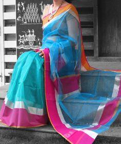 Stunning Handloom Maheshwari Saree with Zari Border