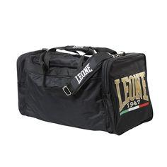 La borsa è interamente prodotta in CORDURA®, uno speciale Nylon66 studiato per resistere alle abrasioni e agli strappi, in assoluto uno dei tessuti più resistenti attualmente in commercio.