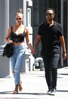 Cute couple Chrissy Teigen & John Legend walk hand-in-hand – what's more is their matching square sunnies! Chrissy Teigen Style, Chrissy Teigen John Legend, Couple Outfits, Chic Outfits, Summer Outfits, News Fashion, Fashion Today, Women's Fashion, Capsule Outfits