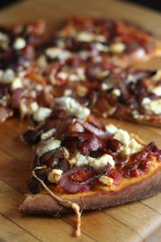 balsamic onion + bacon + goat cheese pizza.