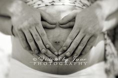 Maternity photo ideas and poses