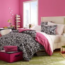 Amazon.com: 7pc Black White Pink Flower Floral Amelia Queen Reversible Comforter Set (7pc Bed in a Bag): Home & Kitchen