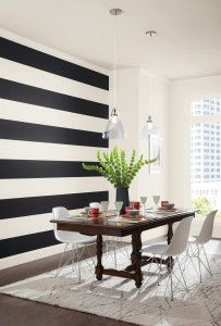 Looking for a DIY paint idea to make any space feel larger than it really is? Design guru Vicki Payne suggests incorporating horizontal stripes!