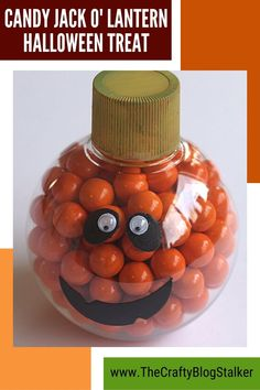 Cute Candy Jack O'Lantern Halloween Treat perfect for friends, teacher gifts, and Halloween parties. An easy DIY craft tutorial idea made with Sixlets. #thecraftyblogstalker #halloween #halloweenTreats #sixlets Halloween Parties, Halloween Treats, Diy Halloween, Cute Candy, Neighbor Gifts, Work Party, Halloween Projects, Easy Diy Crafts, Gifts For Coworkers