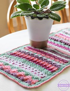 bettys 20 stitch table runner summer kitchen series