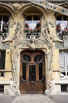 The House of Highlights: HSTARC2: Reaction Blog (Art Nouveau)