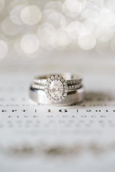 gorgeous oval diamond engagement ring