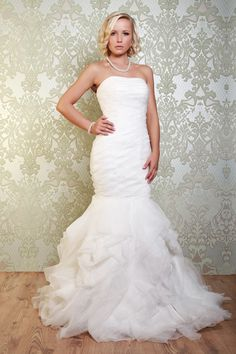 """Viva Vintage """"Bardot"""" Wedding Dress....    A Fabulous Fitted Gown With Layers Of Lace And Organza. The Stunning Skirt Is Created With Layers Of Frilled Organza Which Sweep Into A Beautiful Train. The Lace-Up Back Provides For A Perfect Fit. Also Available In Red."""