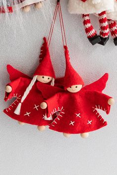 Nordic Kenny and Kimmy Decoration Set of 2 Online Christmas Ornament Crafts, Christmas Wreaths, Xmas, Holiday Decor, Advent, Fabric Ornaments, Cute Frogs, Sewing Projects, Feltro