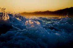 """""""Mare al tramonto con onde"""" by Simone Bazzichi, via 500px."""