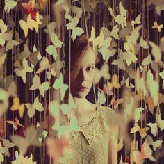 """""""Não haverá borboletas se a vida não passar por longas e silenciosas metamorfoses."""""""
