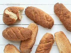 I love sourdough bread. In fact, it was what I missed most when I gave up grains and sugar, and started following a healthy keto & paleo diet. Making good sourdough bread has been one of the biggest challenges I've faced when adapting traditional all-time favourites so they can be eaten on a ketogenic diet. It took ...